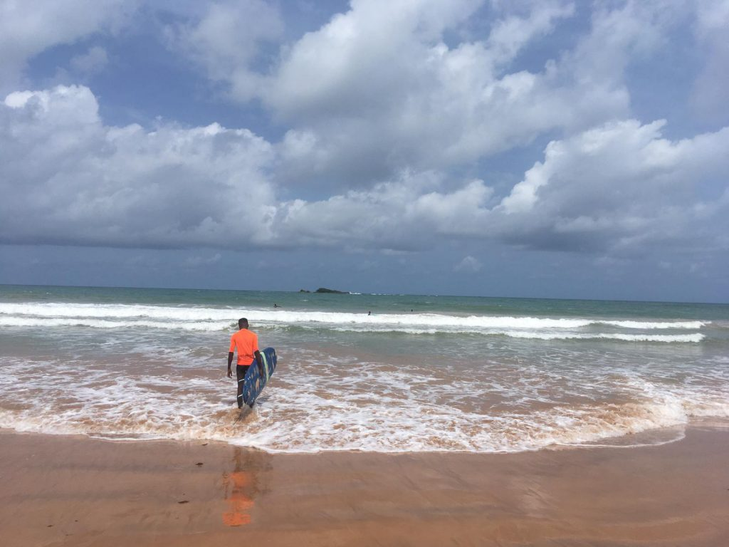 Surfen in Ghana