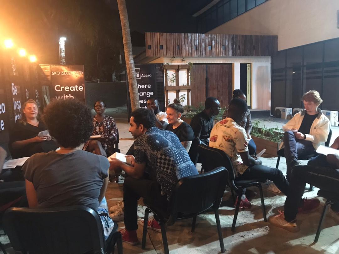 Twi leren in Ghana Language Café Accra